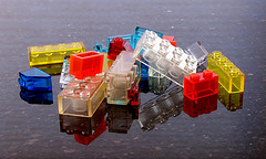 foto: Transparent Lego Blocks, door The.Comedian